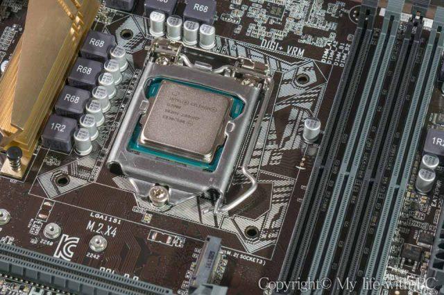 CPUの取り付け完了